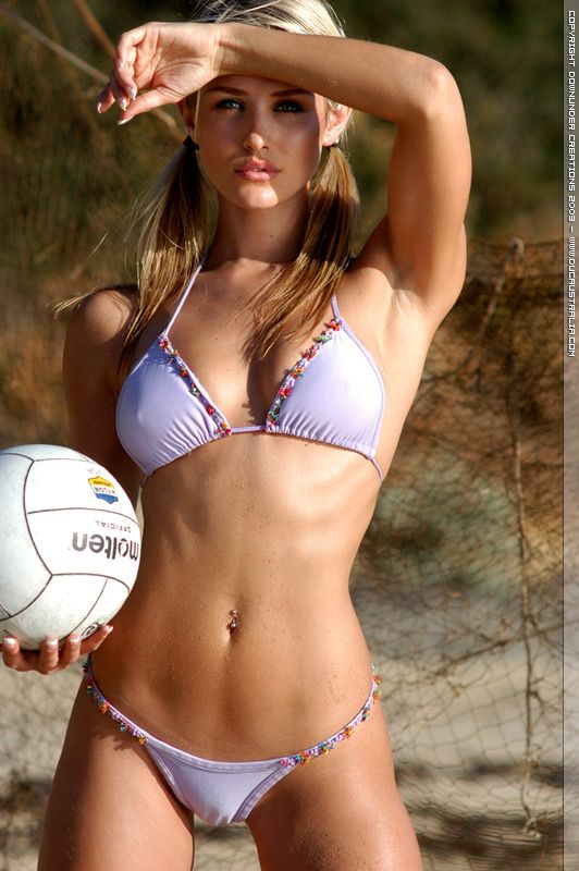 Athletic Nicky Whelan Work Out Pinterest Nicky