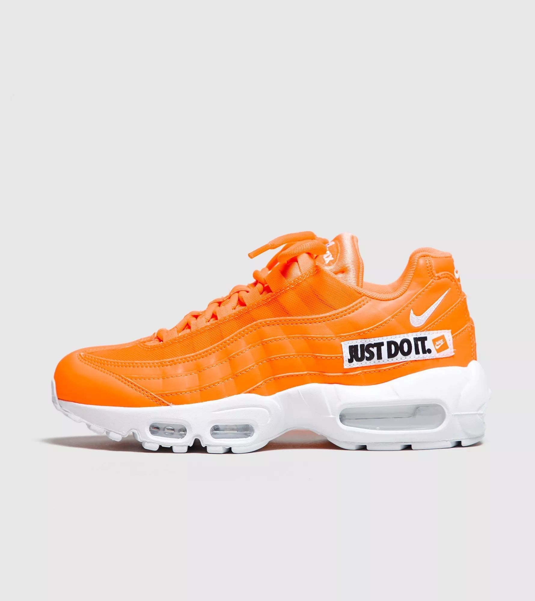 more photos 680f7 261eb NIKE AIR MAX 95 SE JUST DO IT.  TOTAL ORANGE WHITE-BLACK  AV6246-800   got  style in 2019   Nike air max white, White nike shoes, Air max 95