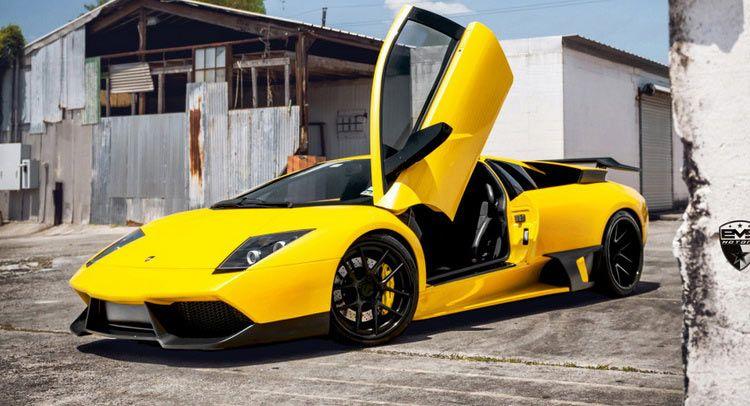 Yellow Lamborghini Murcielago LP 670-4 SuperVeloce