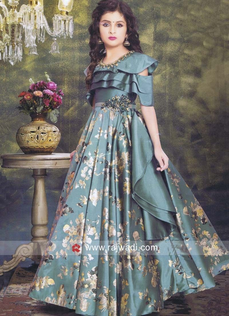 A Green Stylish Flower Print Floor Length Gown Made From