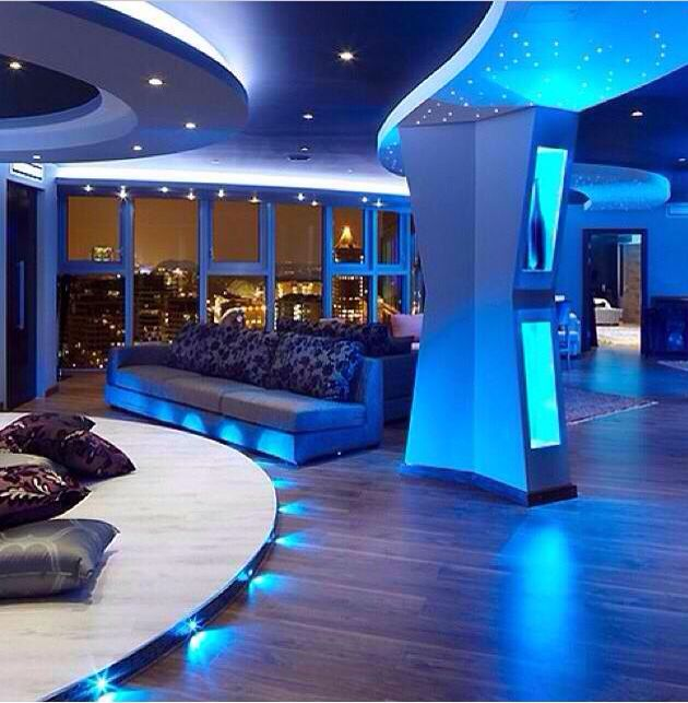 This Is Probably The Coolest Living Room Ever Pent House