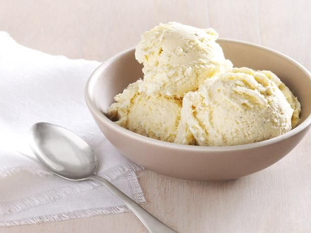 Get Ted Allen's Vanilla Ice Cream With Honey Recipe from Food Network