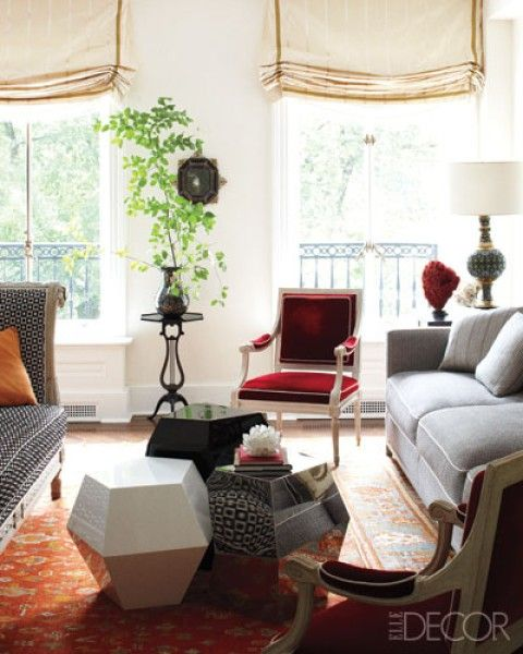 Totally awesome coffee table solution, from Robert Couturier in Elle Decor, seen on Savvy Home.