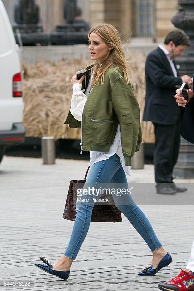 Fotografia de notícias : Olivia Palermo is seen strolling on Place Vendome...