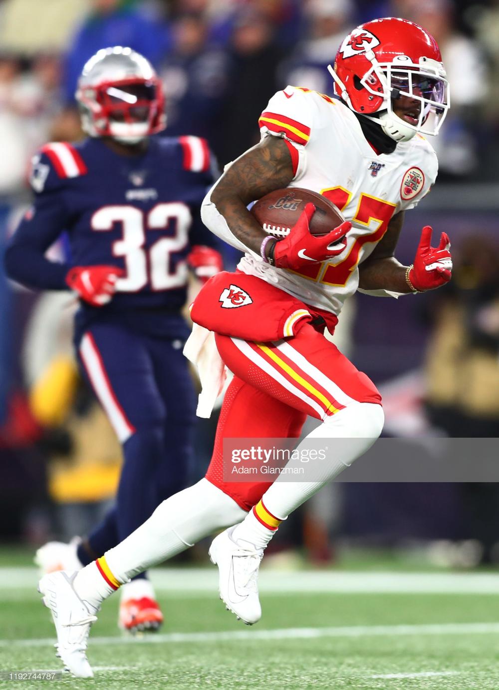 Mecole Hardman Of The Kansas City Chiefs Runs On His Way To Scoring A Kansas City Chiefs Kansas City Chiefs Football Chiefs Football