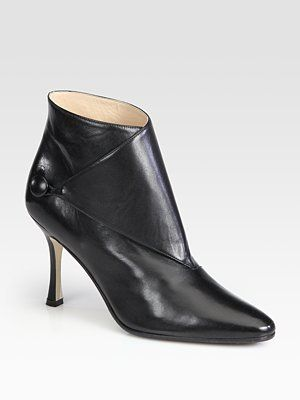 Manolo Blahnik Diaz Leather Ankle Boots