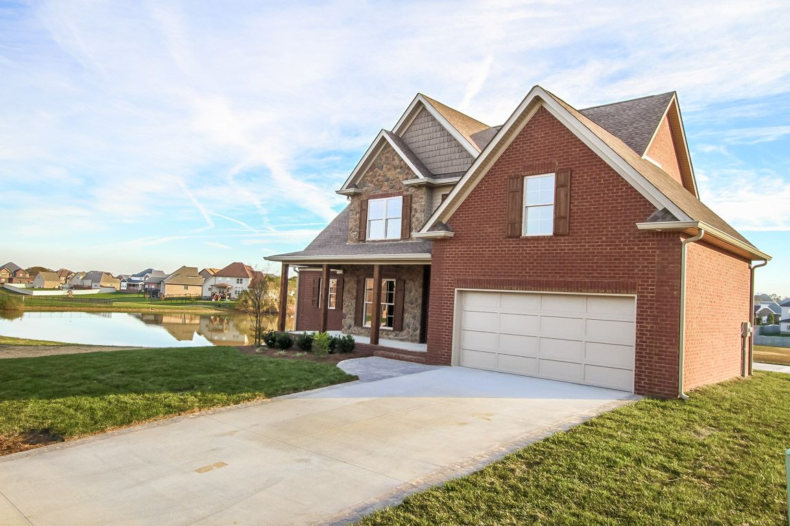 New Construction Home For Sale 128 Bainbridge Drive Clarksville Tn 37043 Built By Steele Trademark Homes Inc Located Home Selling Tips Home Inc Home Buying