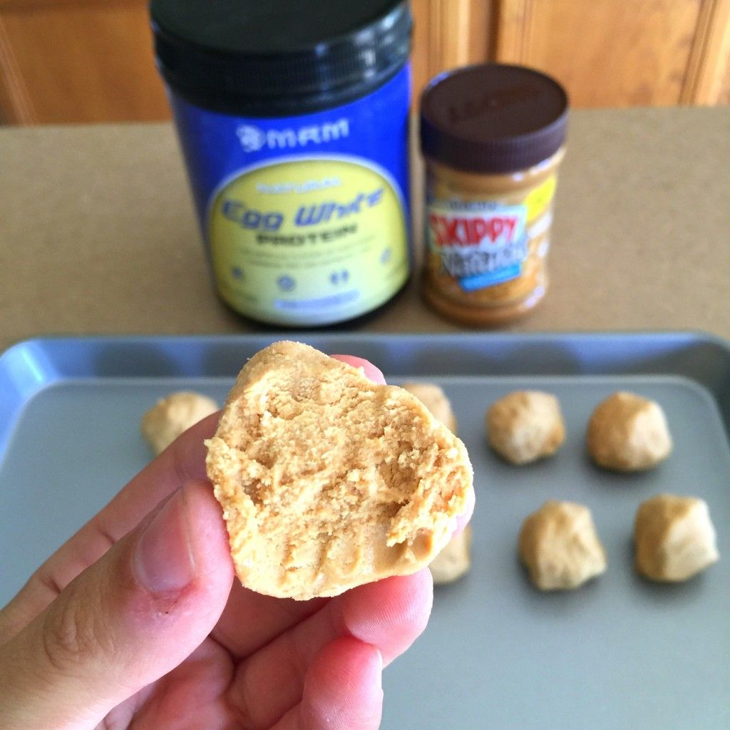 2 Ingredient Post-Workout Peanut Butter Protein Balls - Diary of a Fit Mommy
