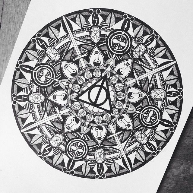 Coloriage Anti Stress Harry Potter.Harry Potter Themed Mandala This Is Absolutely Incredible