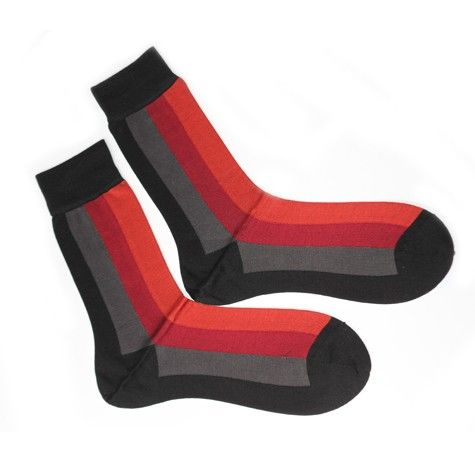 Smart socks with streaks in hues of red. Great for work and business wear.