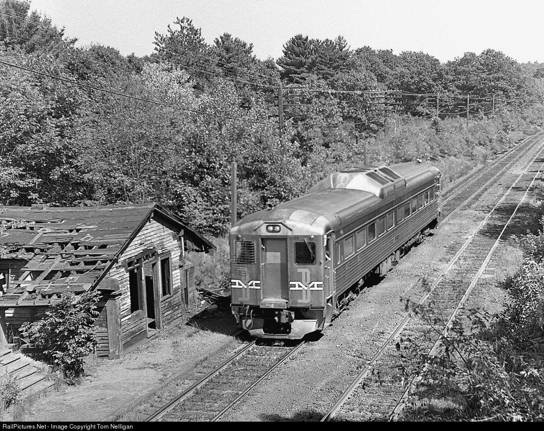 Railpictures Net Photo Bm 6154 Boston Maine Budd Rdc 1 At Weston Massachusetts By Tom Nelliga Railroad Photography New York Central Railroad Train Pictures