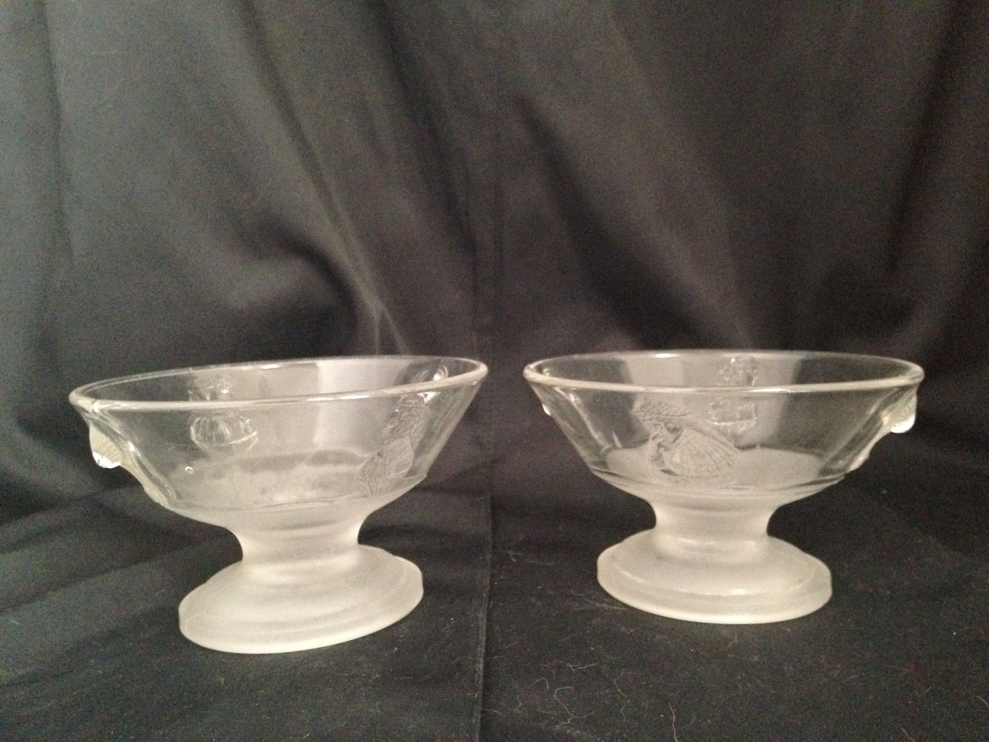 Berry Bowls, frosted base - Fanny Davenport & Maggie Mitchell