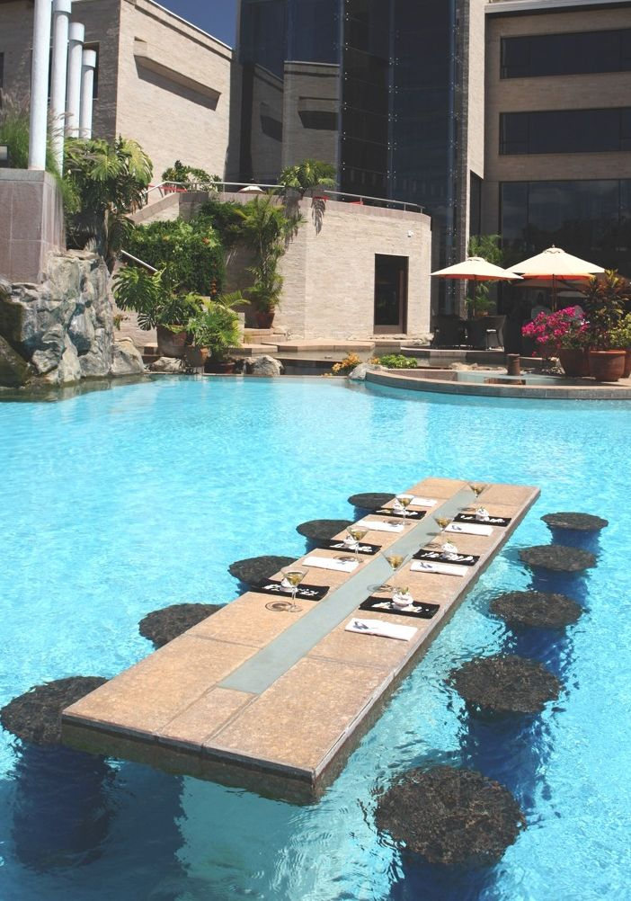 This Swim Up Table Takes Outdoor Dining To Another Level. Indulge In  Breakfast, Lunch Or Dinner In The Center Of This Beautiful Swimming Pool.