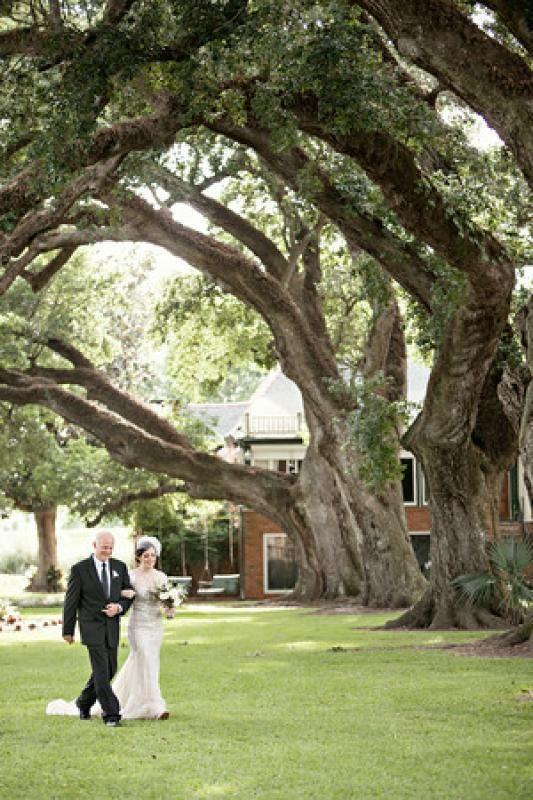 Oak Trees Southern Wedding New Orleans Weddings Stella Plantation Braithwaite