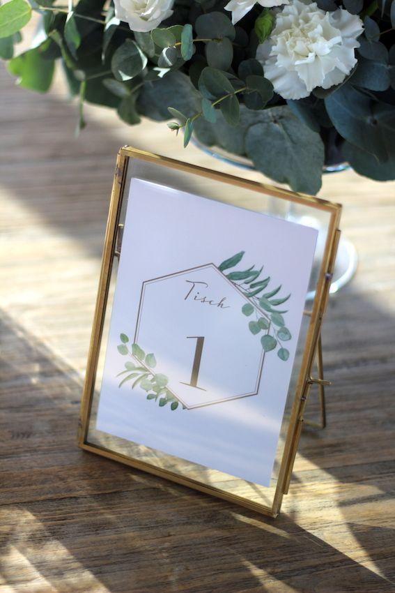 Bilderrahmen in Gold für eure DIY Hochzeitsdeko