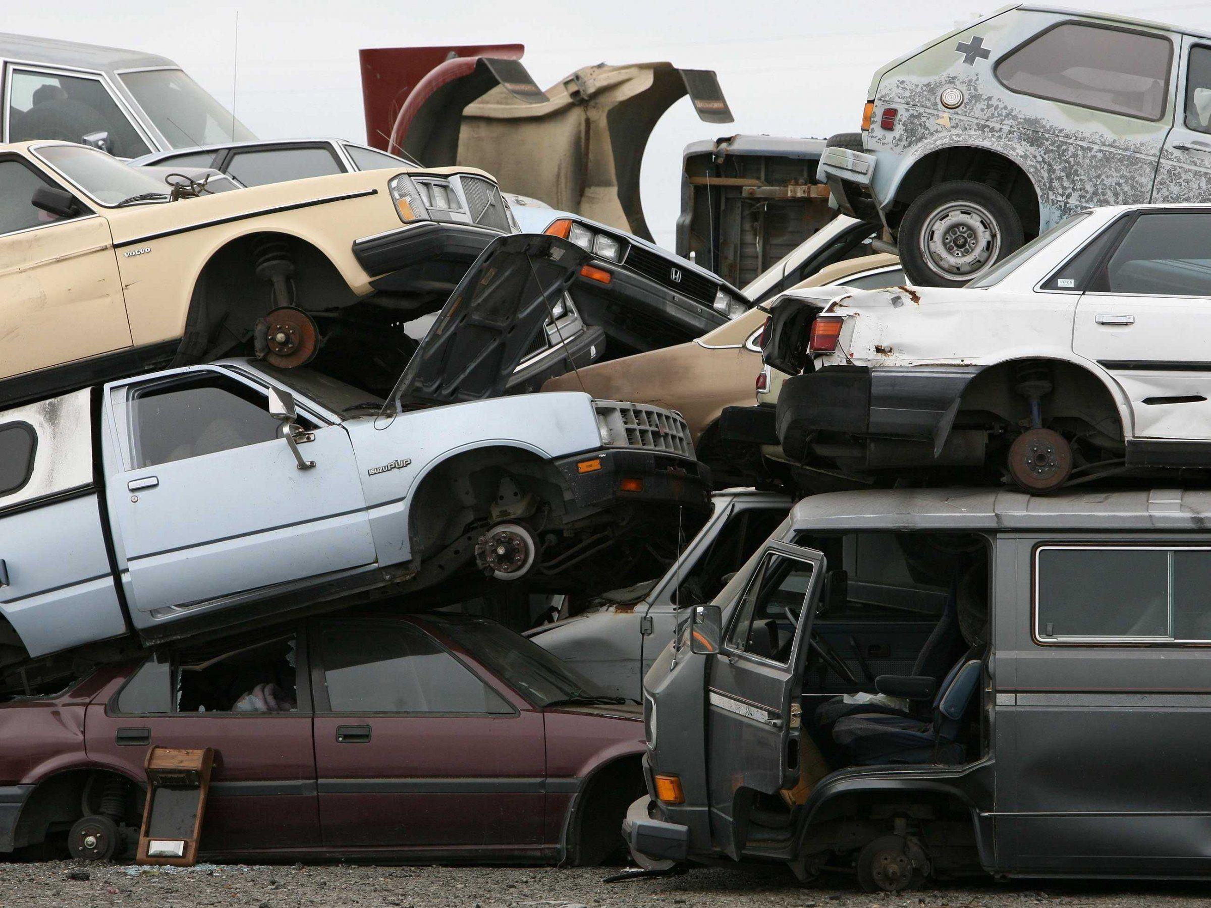 Meltdown of Houston auto sales has eerie financial crisis