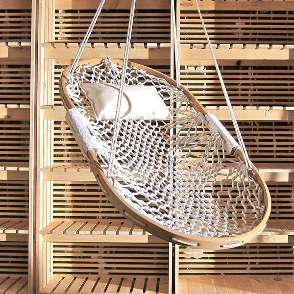20 coolest hammocks ever 20 coolest hammocks ever   diy hammock hammock swing and bathtub  rh   pinterest co uk