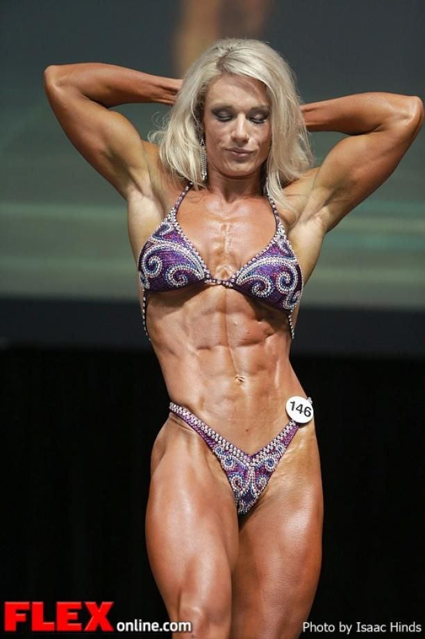 Joelle Smith - Women's Physique - 2013 Toronto Pro ...