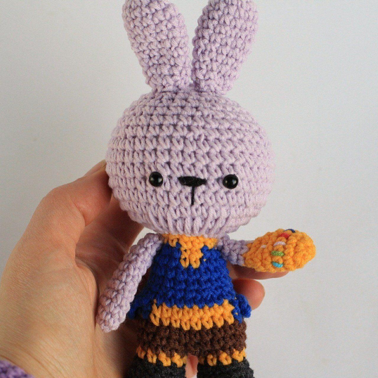 Free crochet amigurumi snuggle pattern of Marvel Thanos   1279x1279