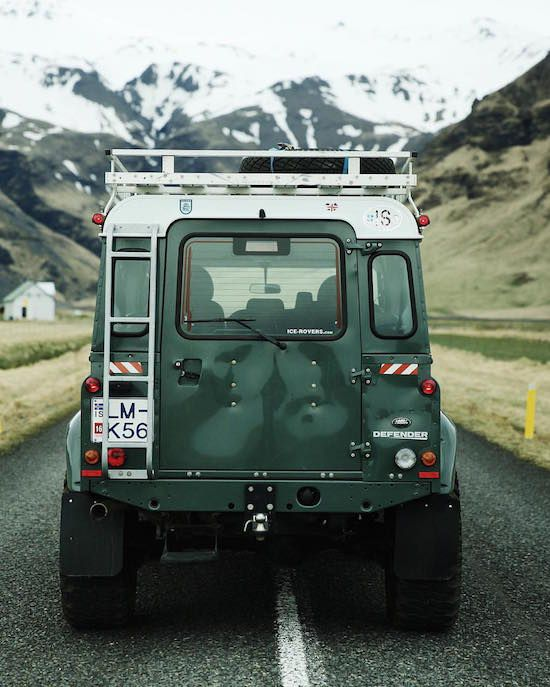 Land Rover Defender 90 Td5 Sw Se County. Rear View