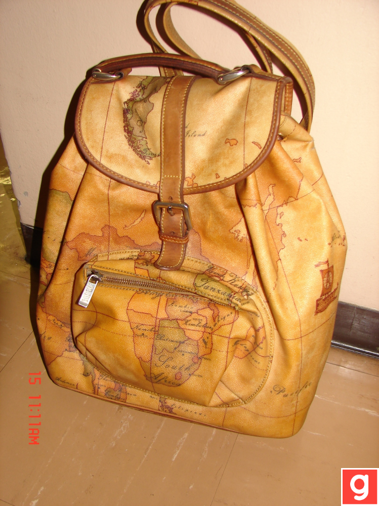 90s vintage world map leather backpack fashion po pos pinterest 90s vintage world map leather backpack gumiabroncs Gallery