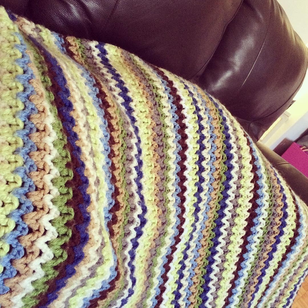 Snuggling in that lovely v-stitch blanket I've made one year ago  #crochet #crocheted #crocheter #crochetersofinstagram #instadaily #instacrochet #instagramcrochet #blanket #crochetblanket #vstitch #vstitchblanket #comfort by jooliescrochet