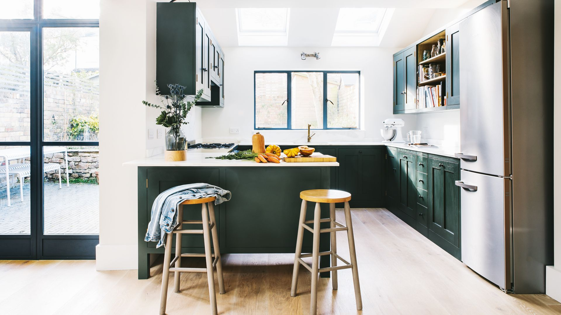 Want to save money on a new kitchen? Cheap kitchen