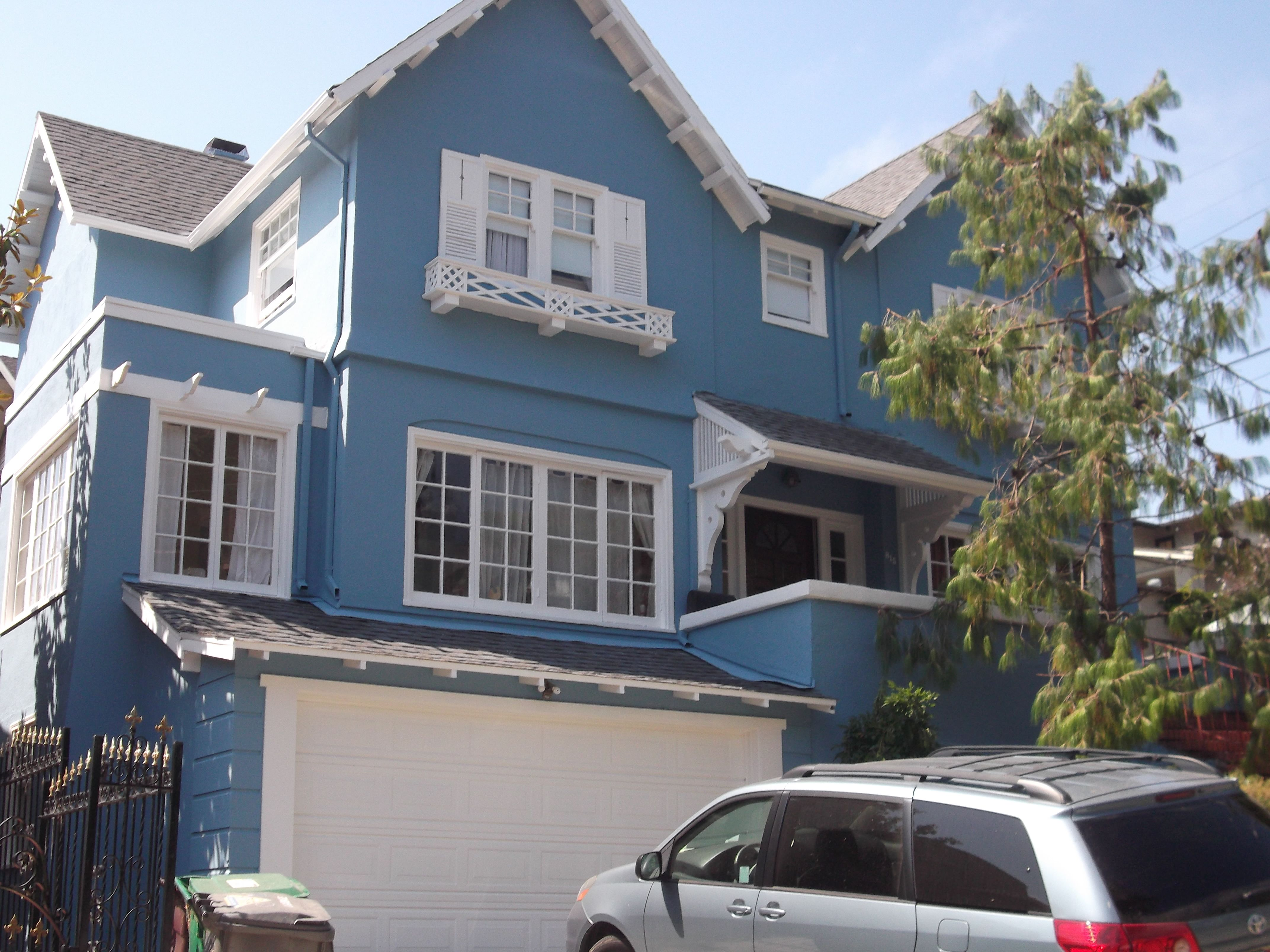 Exterior: Modern Exterior Brick Paint House Design With Yard Plan ...