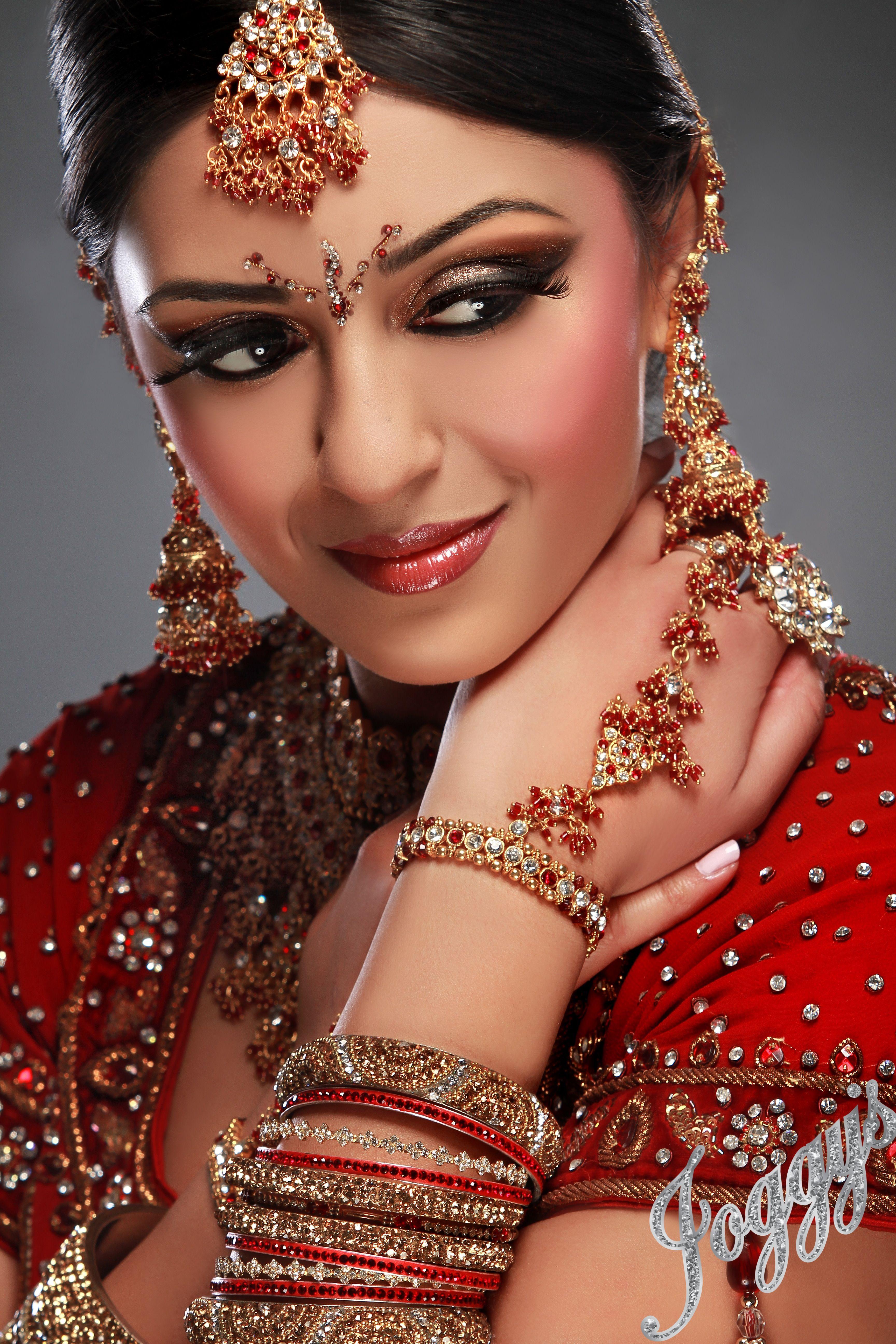 Pin von Beata Q@ auf Piękne sari i biżuteria | Pinterest