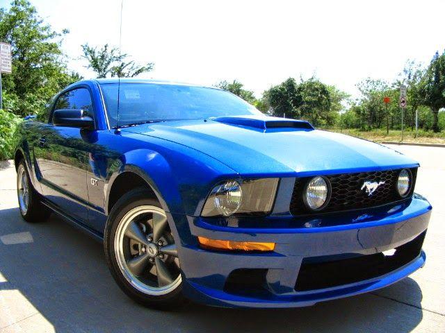 2006 Vista Blue Ford Mustang GT