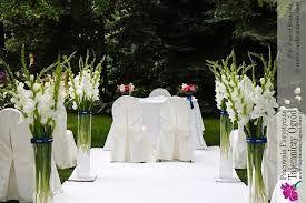 Znalezione Obrazy Dla Zapytania Kwiaty W Tubie Szklanej Flower Centerpieces Wedding Gladiolus Wedding Wedding Decorations