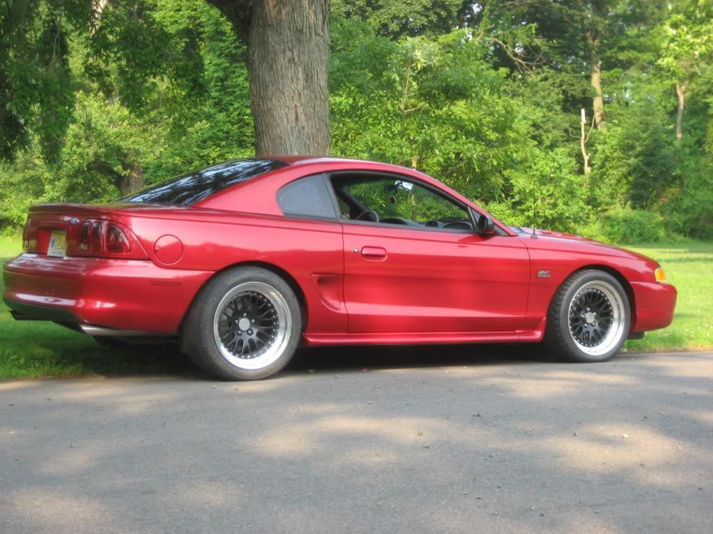 http://carzz.co/custom-red-ford-mustang-sn95_5162.jpg