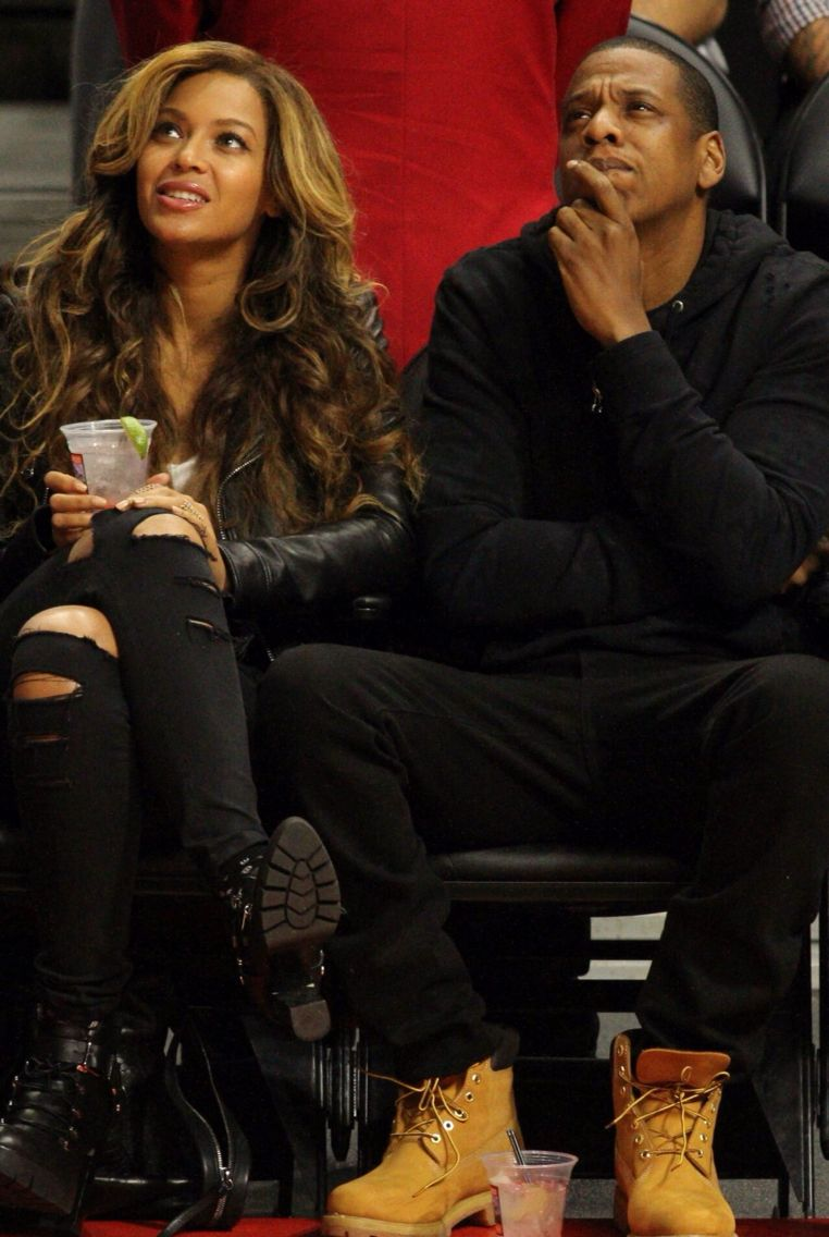Beyoncé & Jay Z at the Nets Vs. Clippers game (Jan. 22nd, 2015)