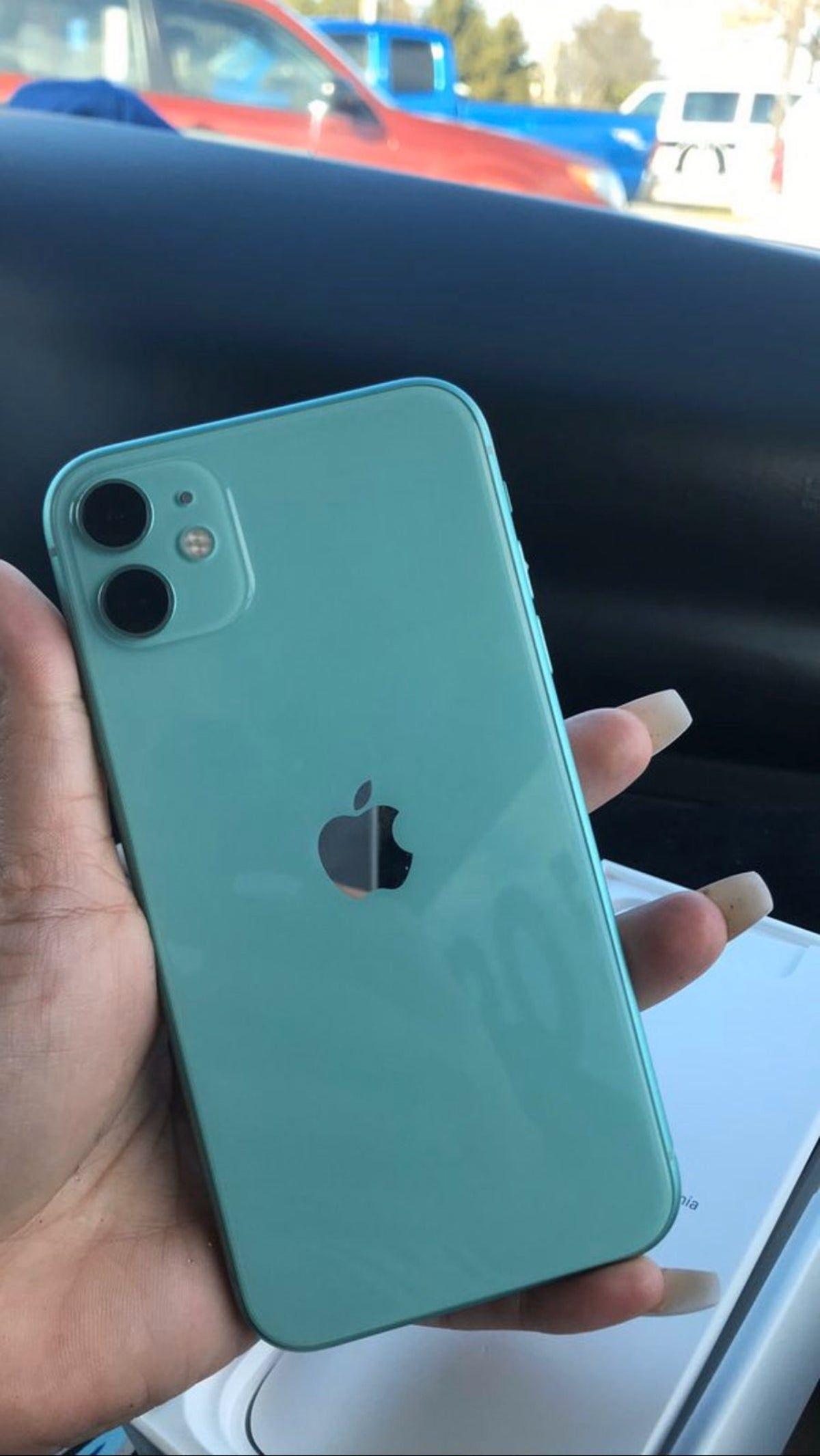 iPhone 11 Green 64 GB AT&T on Mercari
