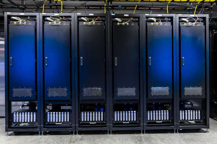 To Scale Up Its Mobile Device Lab Facebook Built Custom Racks To