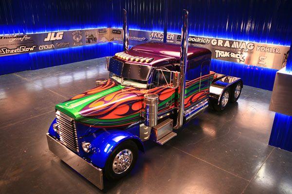 Wave Maker Trucks Big Trucks Peterbilt
