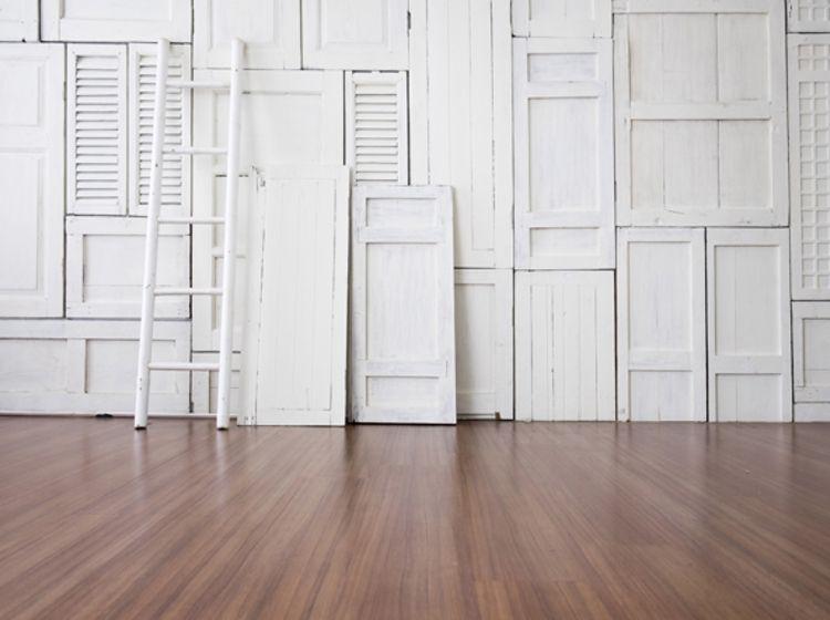 Holzverkleidung Vertafelung Oder Panele Fur Wand Und Decke Deckenverkleidung Holzverkleidung Wand Mit Holz Verkleiden
