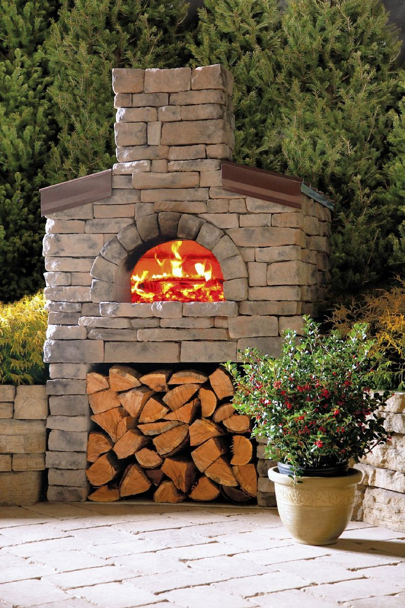 Build a pizza oven in the backyard outdoor kitchen