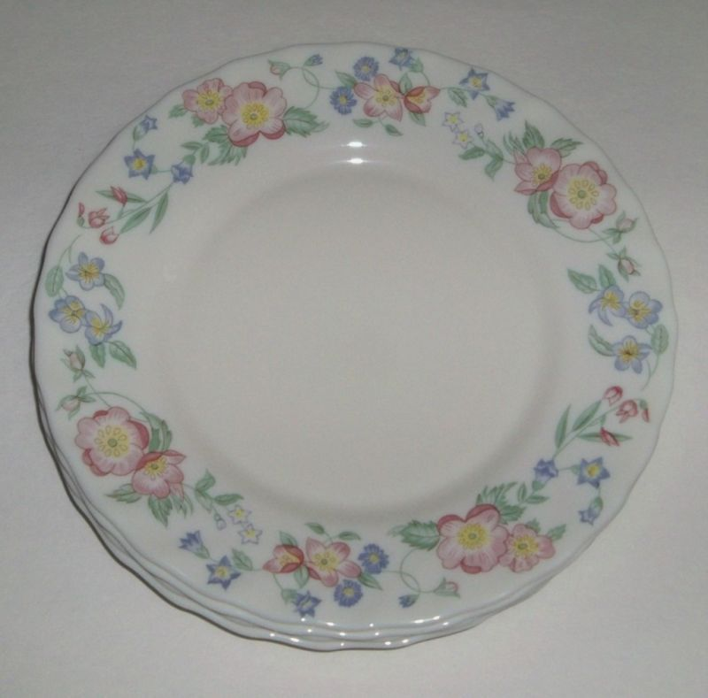 4 Arcopal France Champetre Pink Flowers Salad Plates