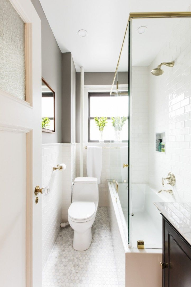 A Nyc Bathroom Remodel Restores Prewar Beauty Budget Bathroom Remodel Bathroom Remodel Cost Small Bathroom