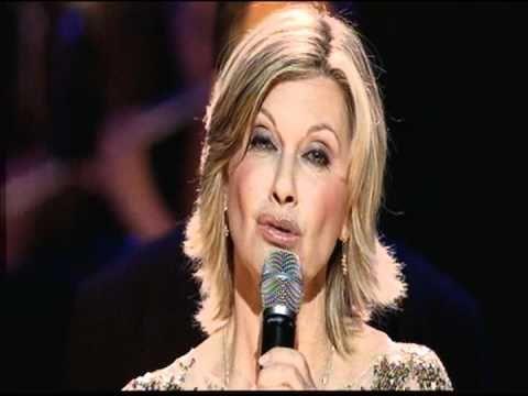 """Olivia Newton John: """"Serenity""""   Sydney Symphony Orchestra 2012... Absolutely Beautiful!!!"""