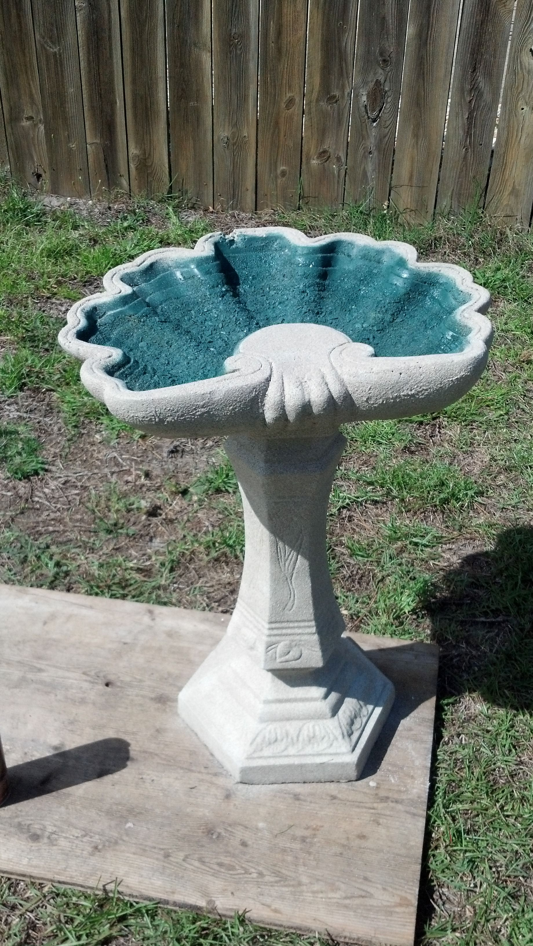 30 Year Old Concrete Birdbath Repainted With Sandy Texture Paint On The Base And Outside The Bowl And Green Spr Bird Bath Concrete Bird Bath Garden Birdhouses