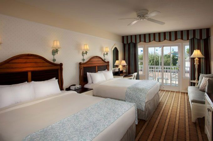 Disney S Beach Club Resort Deluxe Standard Room 2 Queen Beds Some Rooms At This Also Have A Twin Daybed For 5th Person