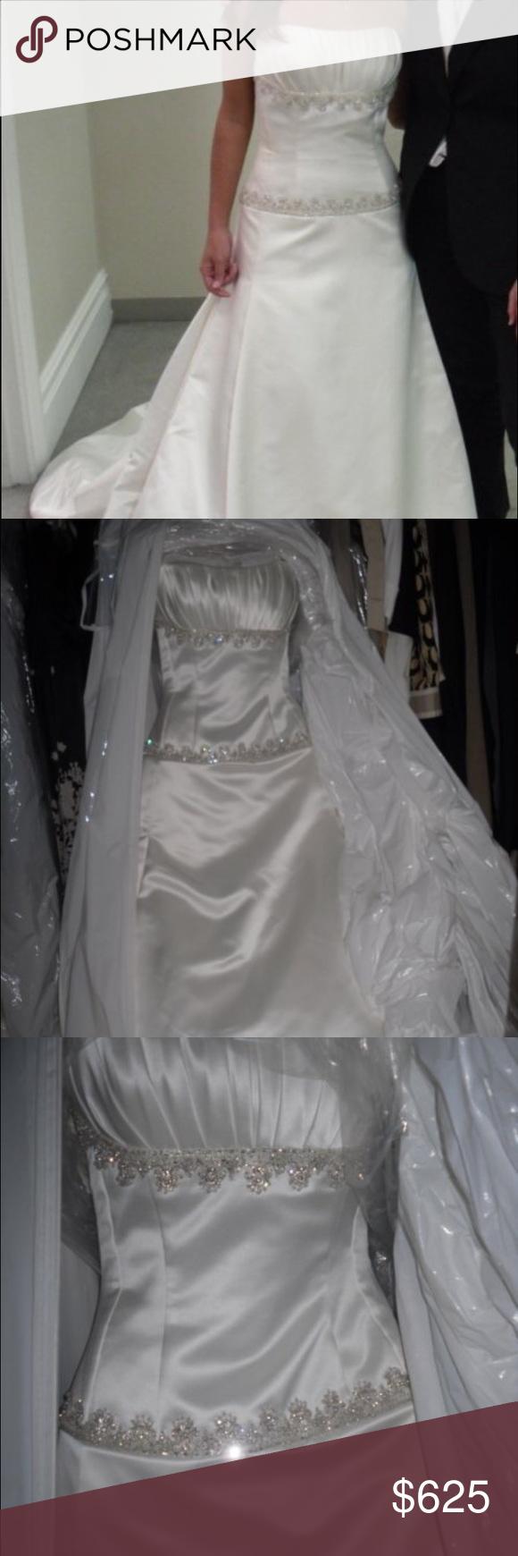 Kleinfeld's wedding dress, Henry Roth, new, size 2