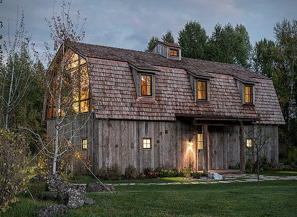 This Rustic Country Barn Was Converted Into An Incredible Dream Home Modern Barn Barn Style Rustic Barn