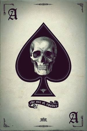 thinking about getting this as the over the heart tatoo. have g's instead of the ace's and put william in the banner.