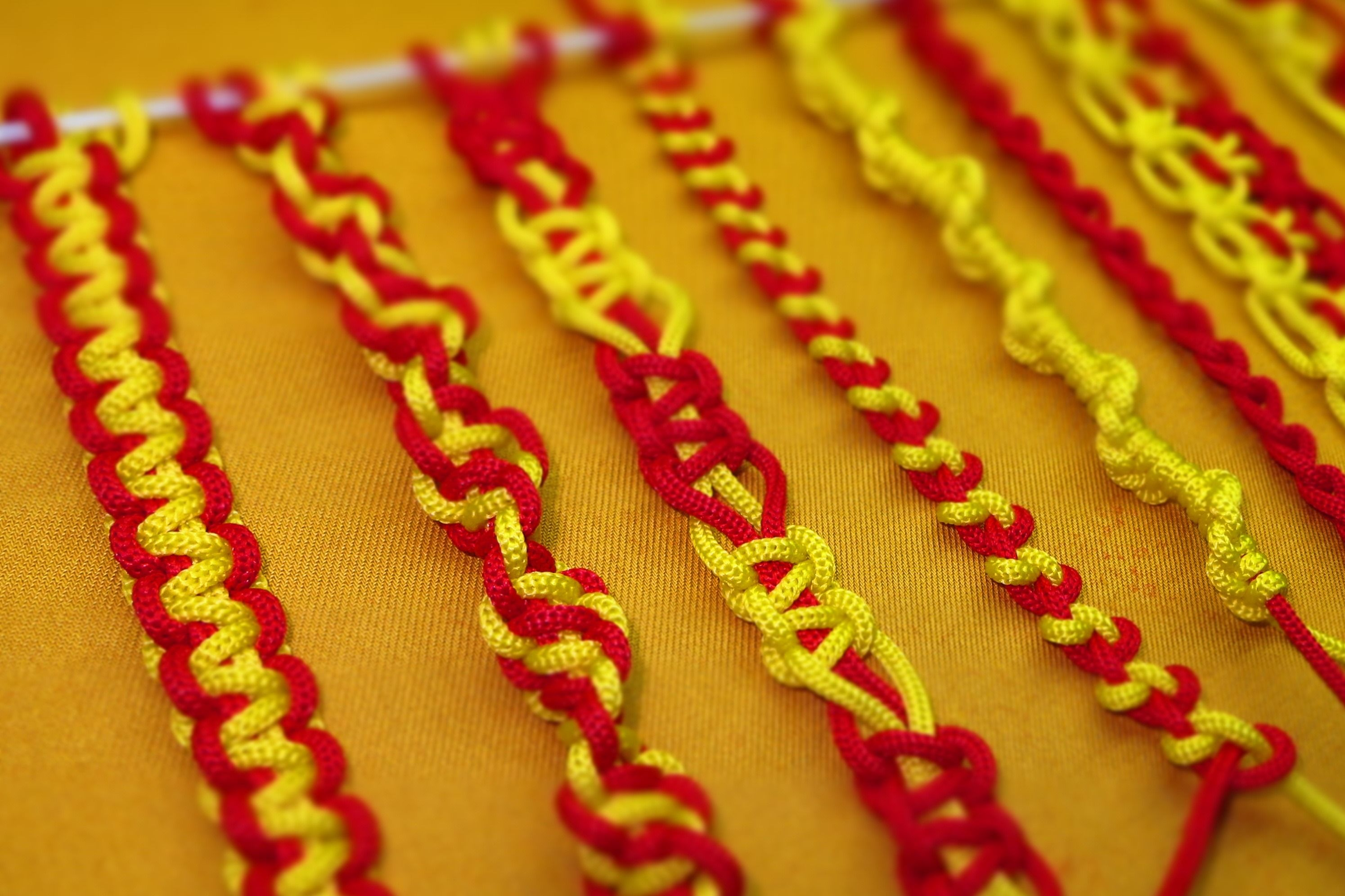 Basic macrame knots for Beginners - How to tie the basic knots of ...