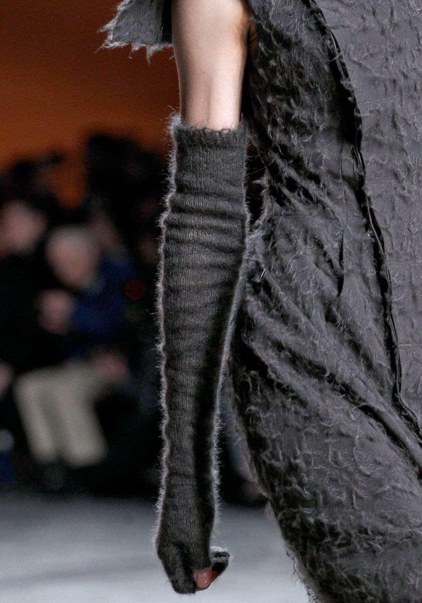 Knit Mohair gloves ( Rick Owens ~ fall 2012)