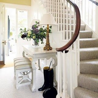 FULLY CARPETED STAIR IN AN INTERSTING TEXTURED CARPET   Acanthus And Acorn:  Stair Runners: