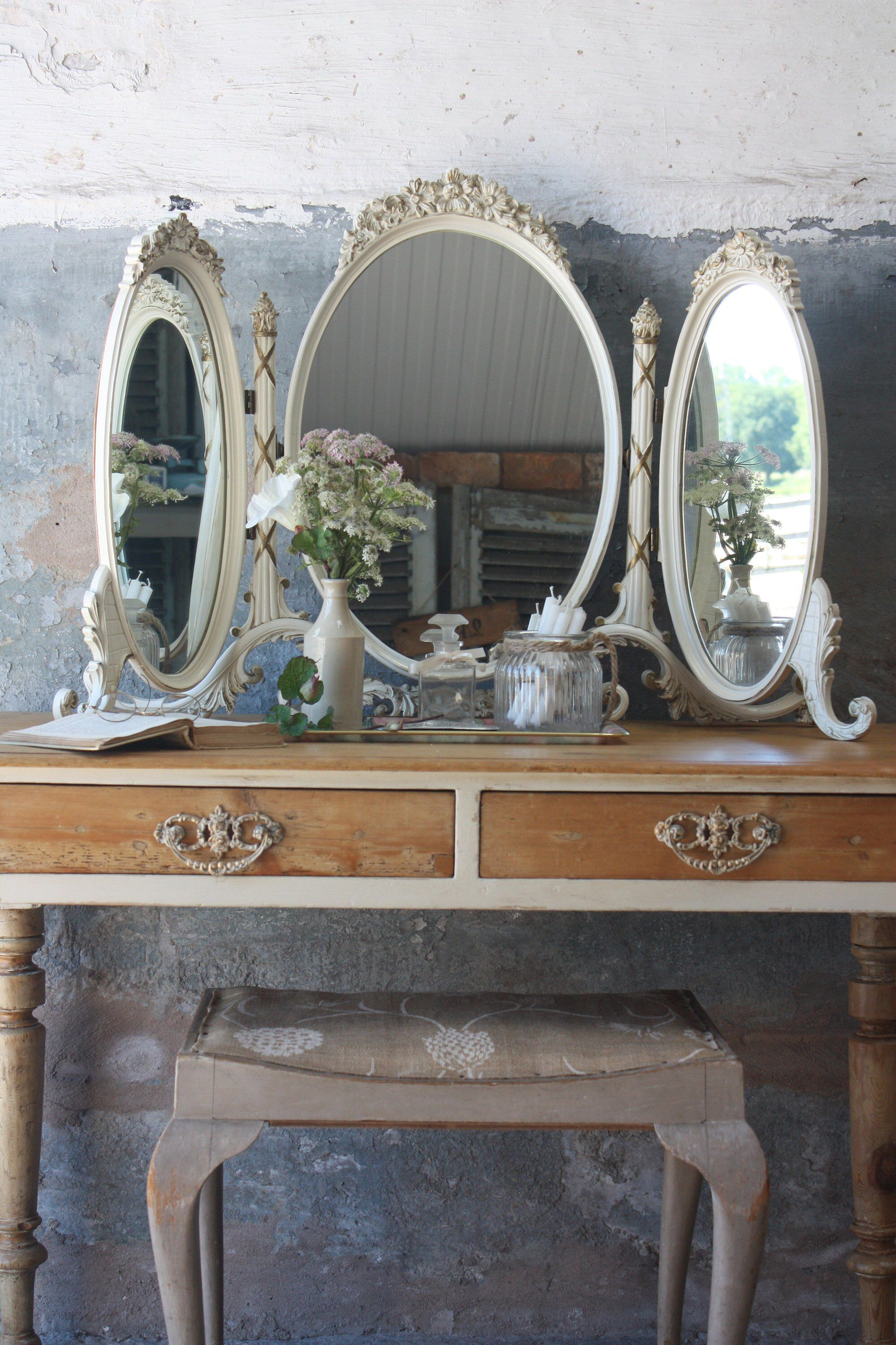Beautiful Vintage 1950s Cream And Gold Triple Dressing Table Etsy Dressing Table Mirror Vintage Dressing Tables Mirror Table